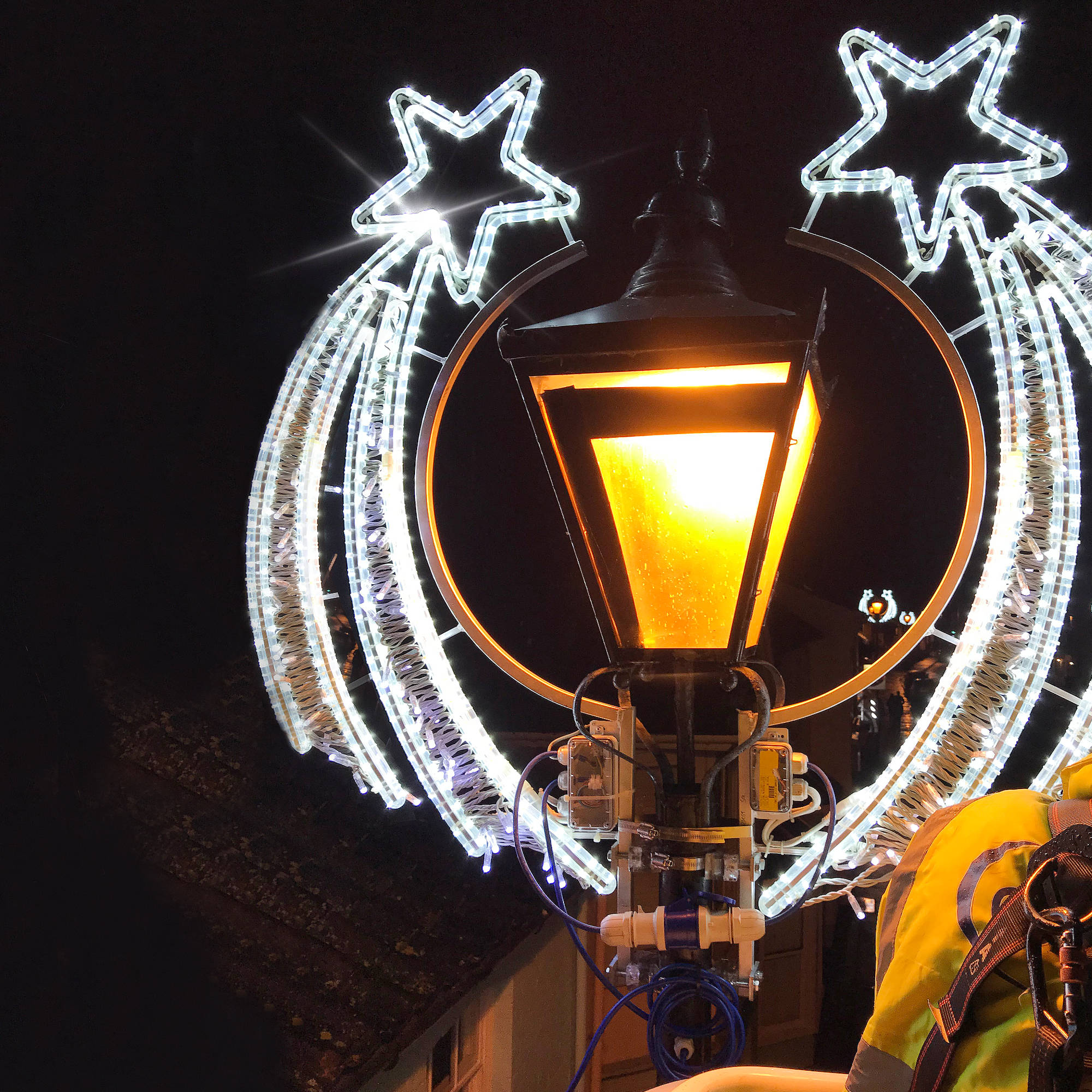Cozens UK - Christmas Street Lighting